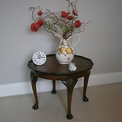 Antique Style Round Walnut Coffee Table with Cabriole Legs and Pie Crust Top