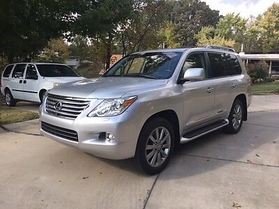 2011 Lexus LX Luxury 2011 Lexus LX570 Luxury Package.  Fully loaded DVD, Navigation, Silver, Perfect