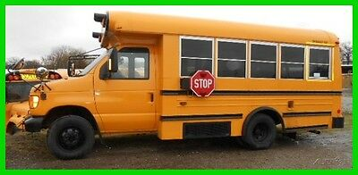 2005 Ford Midbus With Lift Used