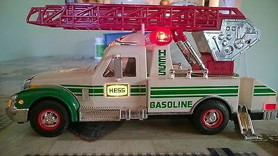 Hess collectable utility truck
