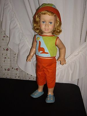 """Chatty Cathy Vintage """"SUNNY DAY"""" Tagged outfit, complete....Very Nice Condition!"""