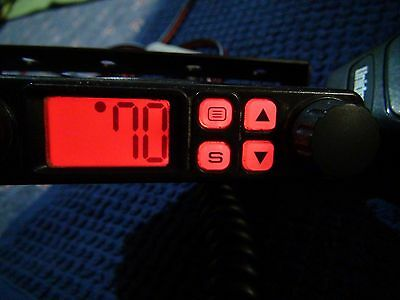Uniden UH7700NB UHF CB Radio 80 channel 5W compact size