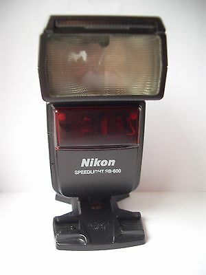 Nikon Speedlight SB-600 Flash plus Stand.