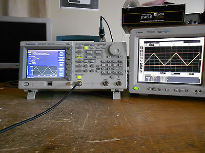 TEKTRONIX AFG3251 240MHz 2GS/s Arbitrary / Function Generator Tested and working