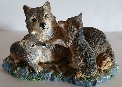 "The North American Wildlife Collection  ""Gray Wolf"" (Canis Lupus) Figurine"