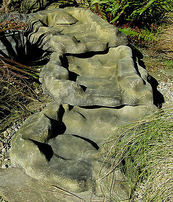 Garden Pond Waterfall Fibreglass sections Sandstone effect 19