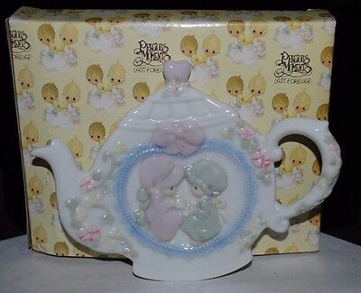 Precious Moments Two Girls Teapot Shaped Spoon Rest Vintage 1993 Enesco