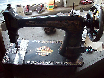ANTIQUE SINGER SEWING MACHINE Circa 1890's pedal Phoenix style