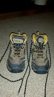 Childrens walking boots Size 1