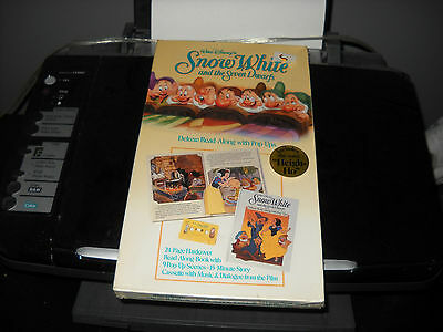 Brand New Walt Disney Snow White And The Seven Dwarfs Deluxe Read Along