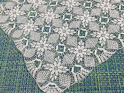 "Vintage Off White Needle Lace Rectangular Runner Doily 19"" X 11"" Fine Detail"