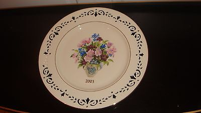 Mint Lenox Colonial Bouquet Collector Plate Ivory China 2003  New York