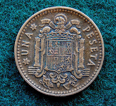 1966 (67) Spain 1 Peseta Coin  KM#796  SB3519