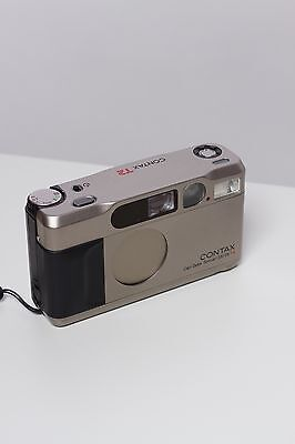 Contax T2 35mm Compact Film Camera + battery - fully working - Near Mint
