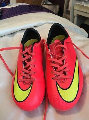 Nike mercurial Size 1 Childrens football boots