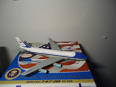 """Inflight200 1:200 Boeing 747-200 VC-25A """"Air Force one """""""