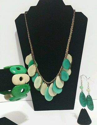 Ivory and Green Tagua Necklace,Earrings & Bracelet Set from Ecuador
