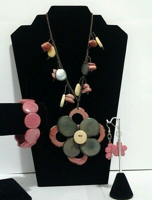 New pink and green Tagua Necklace,Earrings & Bracelet Set from Ecuador