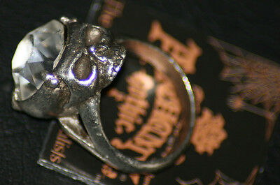 Alchemy Gothic Mens Crystal Skull Ring Size T OOP New Pewter