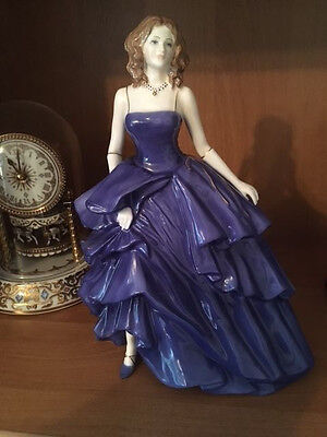 Laura- Royal Worcester Figure Of The Year 2005 - Limited Edition And Very Rare