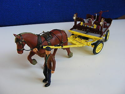 Rag & Bone Man with Horse, Cart and Scrap  - 1:43/O Gauge Metal Model