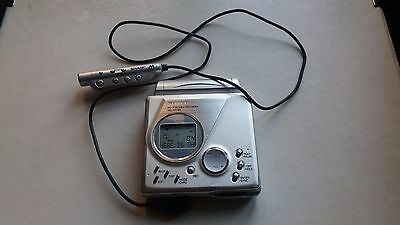Sharp MD-MT99W Portable Minidisc Recorder + remote control Silver working