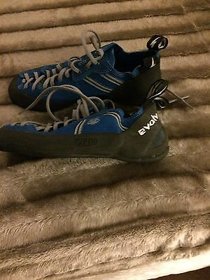 Evolv Climbing Shoes Worn 3 Times Size 8.5
