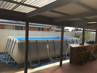 18ft pool with Sand filter