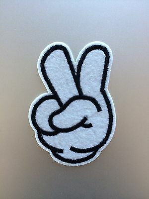 Peace Patch - Embroidered/Iron/Sew/Stitch/Glue On - Hippy Cartoon Cute V - P28