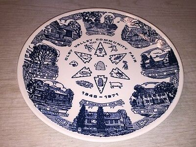 Oley Valley Community Fair Collector Plate 1948 -  1971 Oley Penna blue & white