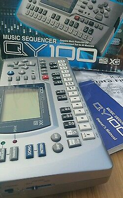 YAMAHA QY 100 MUSIC Sequencer QY100