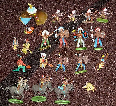 20 vintage Britains plastic toy indians plains apache mounted paddlers + teepee