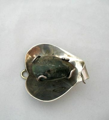 Vintage   Mexican Brooch  925 Sterling silver  green stone