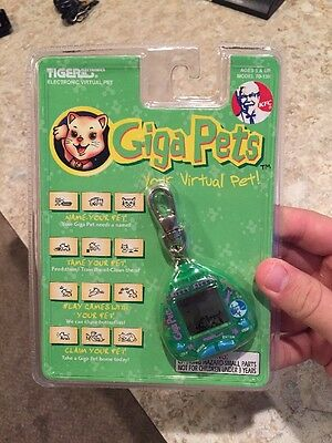 1997 Tiger Giga Pets Your Virtual Pet Bitty Kitty