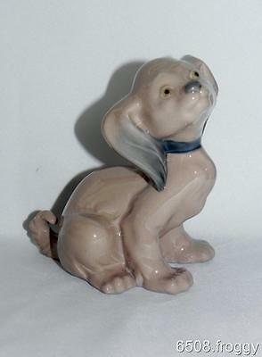 LLADRO - NAO **DOG SITTING** # 319 - Very Cute Puppy - Mint Condition!