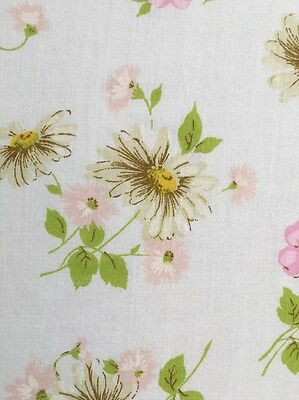 Pequot Vintage Twin Flat Sheet Daisies Pink Flowers USA