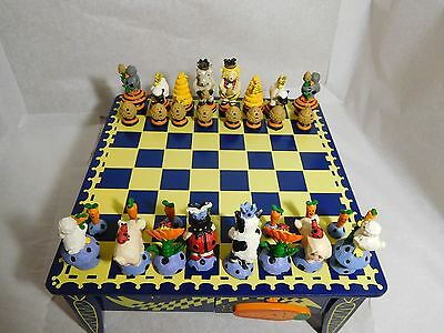 Muffy VanderBear CheckMates Collection - Table & Chess Set - Gently Loved - 1995