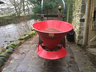 Salt Spreader / Gritter For Compact Tractor