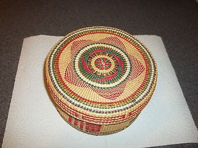 Vintage CHINESE WOVEN NESTING BASKETS, NOS From the 1960's