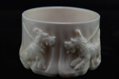 Akro Agate Scotty Dog Shell Pink Milk Glass Planter C3
