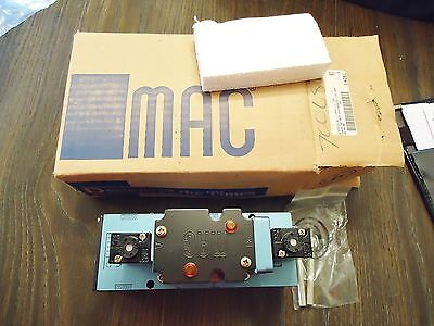 New Mac Pneumatic Valve Model# 6333D-611-Pm-111Da With Pme-111Daag(2)