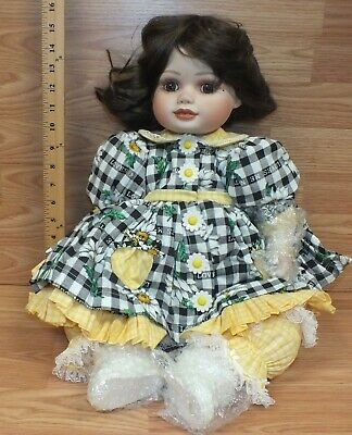 "Marie Osmond Fine Collectibles (C59106) ""Olive May"" 24"" Porcelain Doll **NEW**"