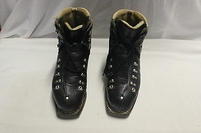 Vintage Tyrol leather lace up ski boots for cable bindings. 1960s or older. VGUC