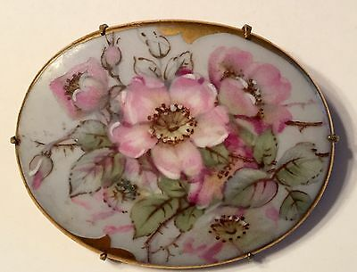 Exquisite Detailed Hand Painted Porcelain Broach