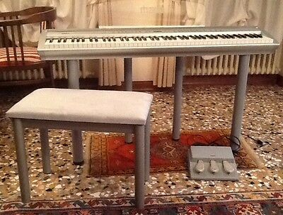 Pianoforte digitale GEM con tasti pesati, 3 pedali e sgabello