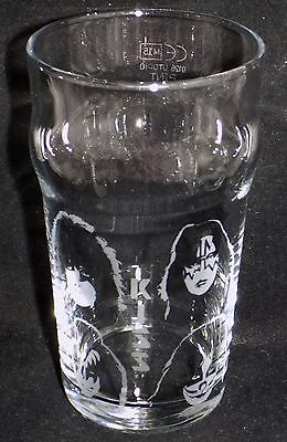 "New Etched ""KISS PINT GLASS""  - Optional Gift Box - Fabulous Gift"