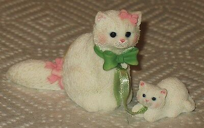 L@@k Calico Kittens  Persian Mom And Kittens Nwob