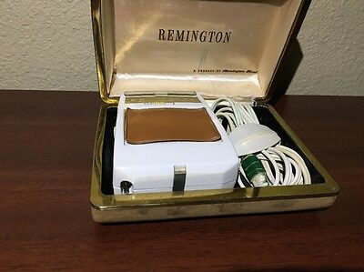 Vintage 1960's Remington Roll A Matic 25 With Case And Cord Awesome