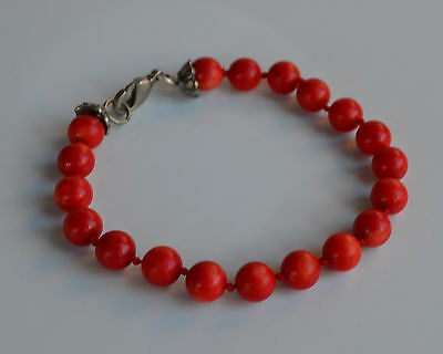 VINTAGE Red Coral Beaded Bracelet hand knotted