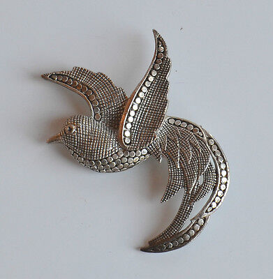 Art Deco Textured Silver Pot Metal Hematite Look Flying Bird Brooch Pin Vintage